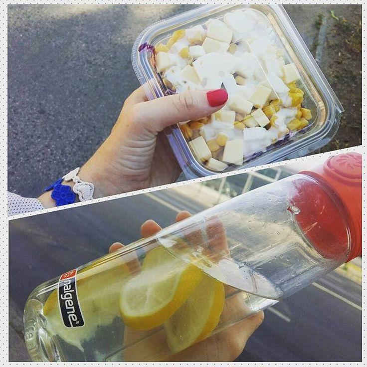 Friday ✔ !!!!! 😊💅🍋🍜#PhotoGrid #lemon #lemonwater #fridayafternoon #happiness #afterwork #ilovemyjob #porschehungaria #healthyfood #healthylife #salad #eatingsalad #fruits #vegetables