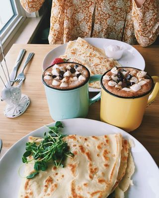 Drift Sidewalk Cafe & Vista Lounge in Saskatoon, Saskatchewan | 31 Canadian Coffee Shops To Visit Before You Die