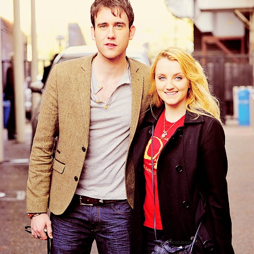 Matthew Lewis and Evanna Lynch. This is so cute