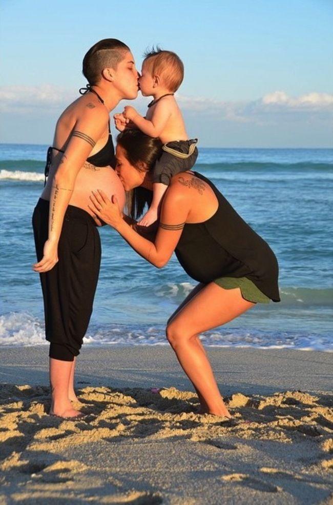A Lesbian Family #pregnant <3
