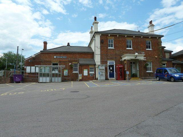 Pulborough Railway Station (PUL) in Pulborough, West Sussex