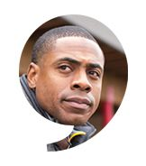 "Curtis Granderson, Outfielder / New York Mets - The Players' Tribune--------Welcome to First Step, a video series featuring athletes engaging the communities most affected by today's social issues, from education and unemployment, to hunger and homelessness among LGBTQ youth. In this installment, Curtis Granderson of the New York Mets takes a first step to help people living in the ""food deserts"" of New York City."