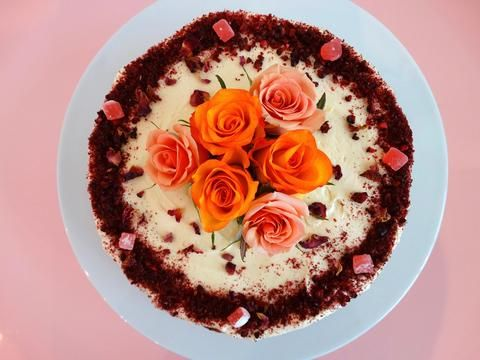 Orange and Blackberry Cake with Orange Blossom Icing and Roses This classic cake is perfect for any time of day because it's light, wholesome and not too sweet.
