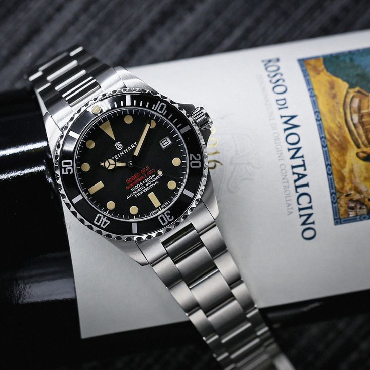 Ocean Vintage Red 39 Gnomon Exclusive Dive Watches Stainless Steel Bracelet Steinhart Watch