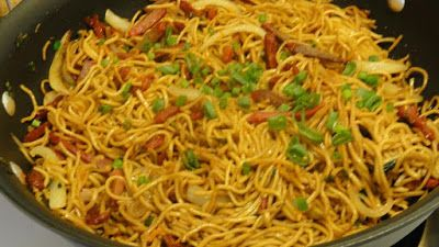 From Hina's Kalam: Chicken Hakka Noodles