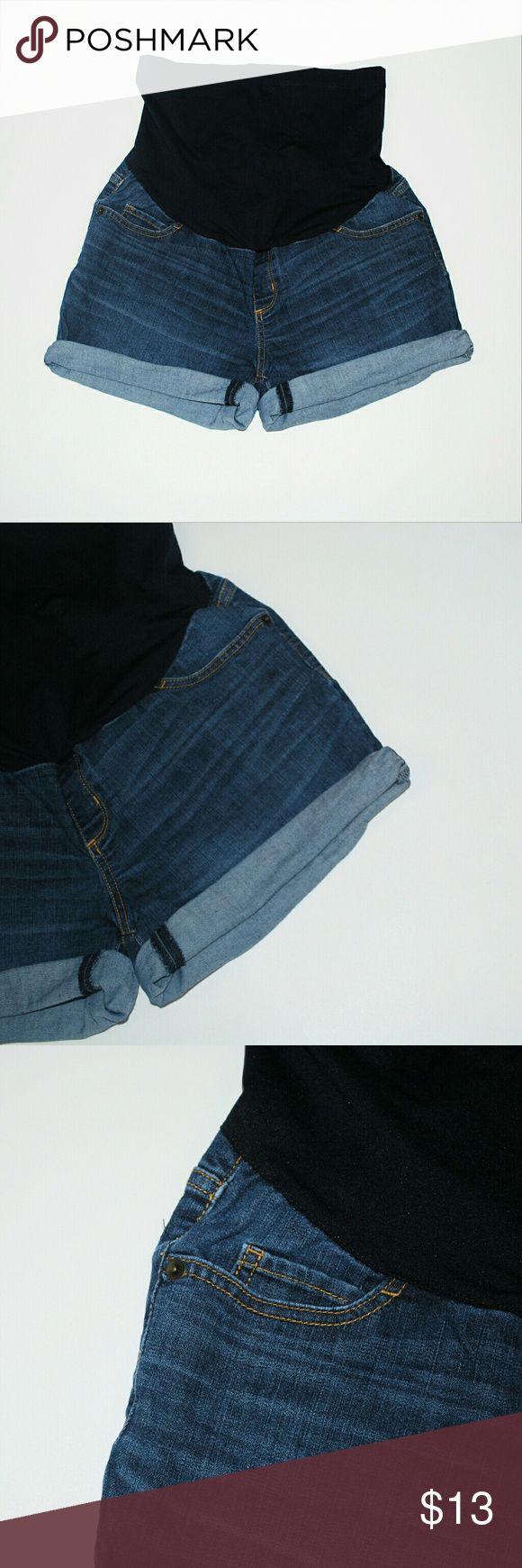 Liz Lange Maternity Denim Shorts Size Small 4 - 6 I offer bundle discounts :) Shorts Jean Shorts