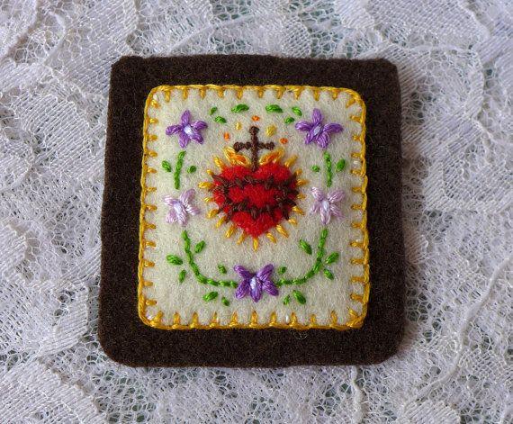 Sagrados corazones con violetas crema por StellaMarigoldArt