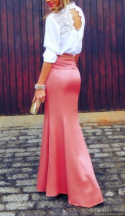Hoy os traemos una selección de looks para invitadas estilosas con falda larga , una alternativa ideal para las bodas de este verano.     ...