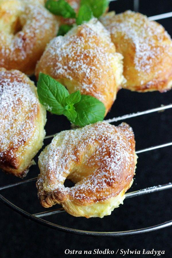 ciastka francuskie , ciastka kokosowe , ciasteczka serowe , ciastka z kremem , ostra na slodko , sylwia ladyga , blog kulinarny , ciasteczka  z serem , ciasto francuskie przepisy