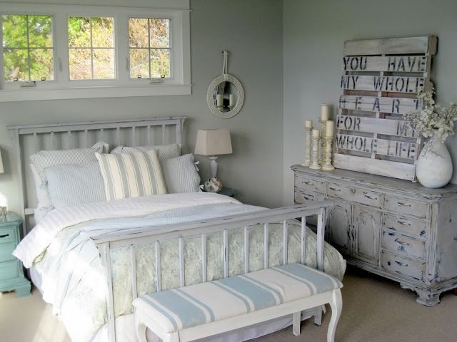 25  best ideas about Chalk Paint Bed on Pinterest   Painted bed frames   Painted beds and Chalk paint cabinets. 25  best ideas about Chalk Paint Bed on Pinterest   Painted bed