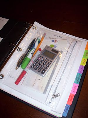 She Who Makes...: She Organizes: Bills Binder  *this is pretty much the same system i have used for years td