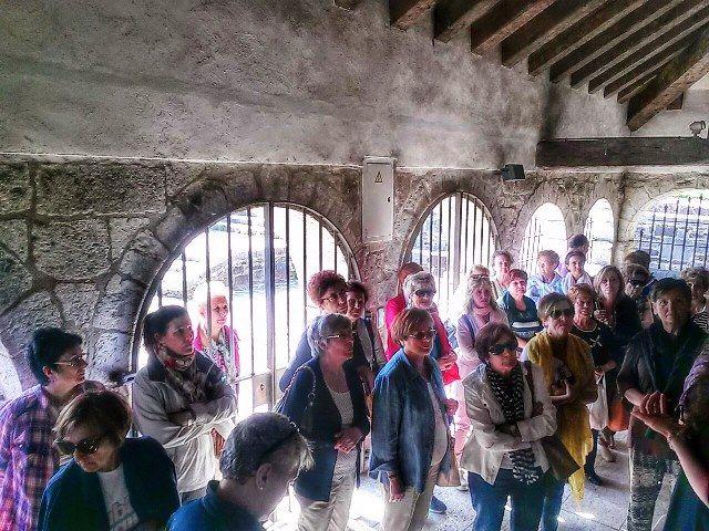 Visitando el Silo de Carlomagno. Uno de los lugares más singulares en Roncesvalles.