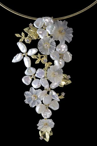 Russell Trusso ~ Floral cascade necklace