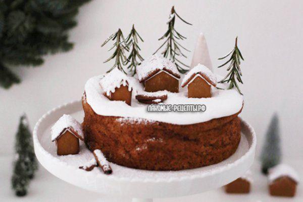Новогодние торты с имбирными пряничными домиками