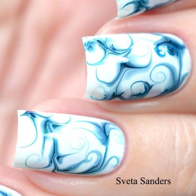 awesome marble nail art by Sveta Sanders in Instagram