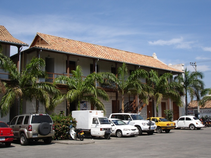 Cucuta, Colombia el portón de la frontera.  Cúcuta esta en la frontera con san Antonio, venezuela