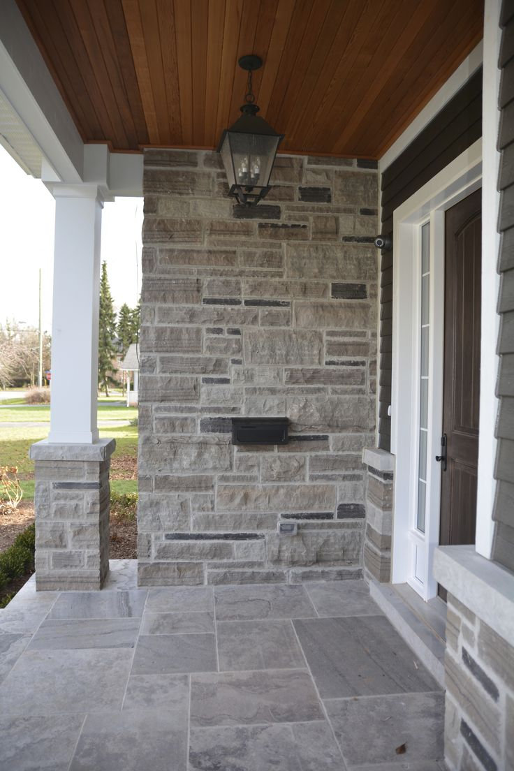Best 25 stone veneer exterior ideas on pinterest faux stone siding diy exterior veneer and - Houses natural stone facades ...