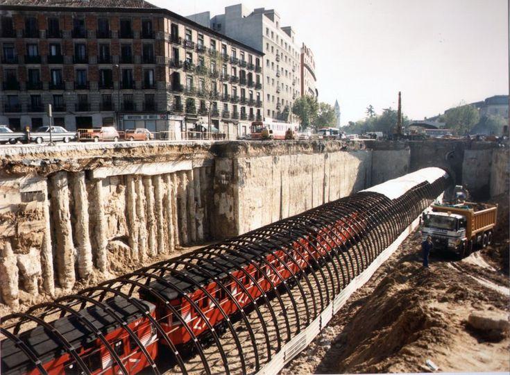 Atocha 1986: Obras de construcción del Metro -via Geotren