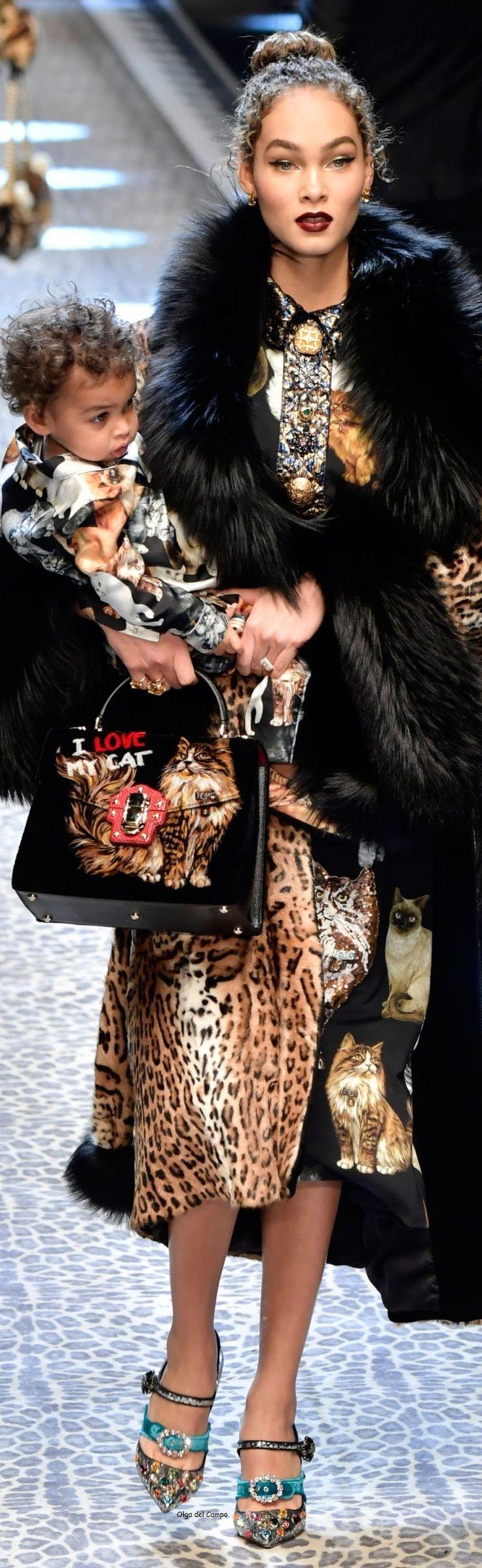 Rosamaria G Frangini   High Casual Fashion   BlackKaleidoscope   Dolce and Gabbana FW 2017