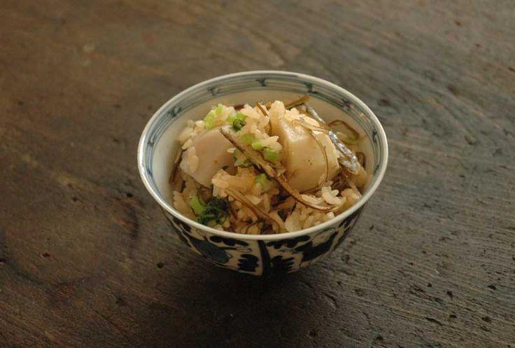里芋ごはん(炊き込みご飯)のレシピ/作り方:白ごはん.com
