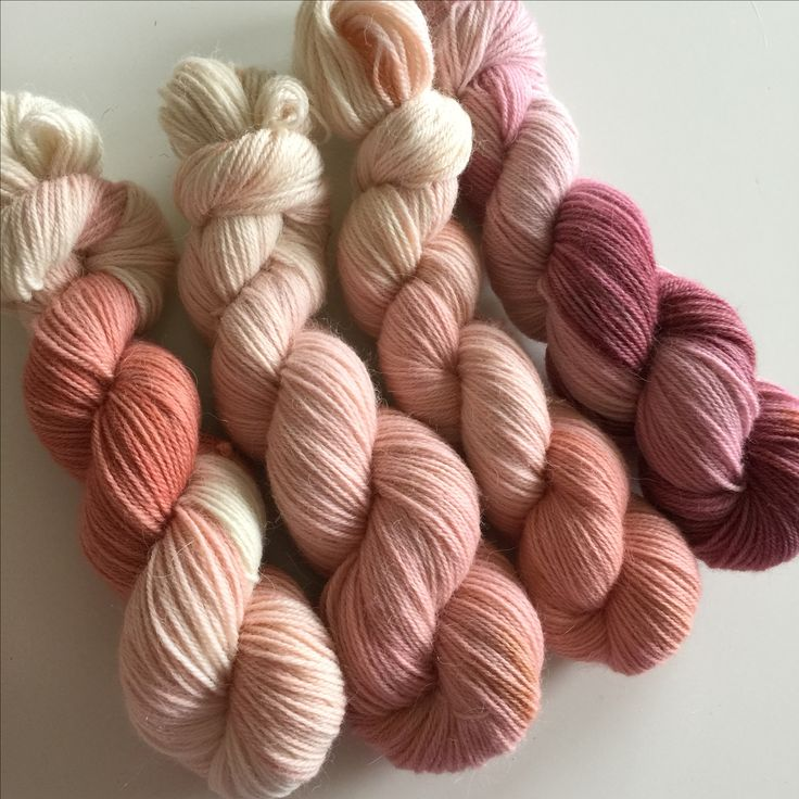 Smooth powdery tones in a wool/alpaca blend | hand dyed yarn