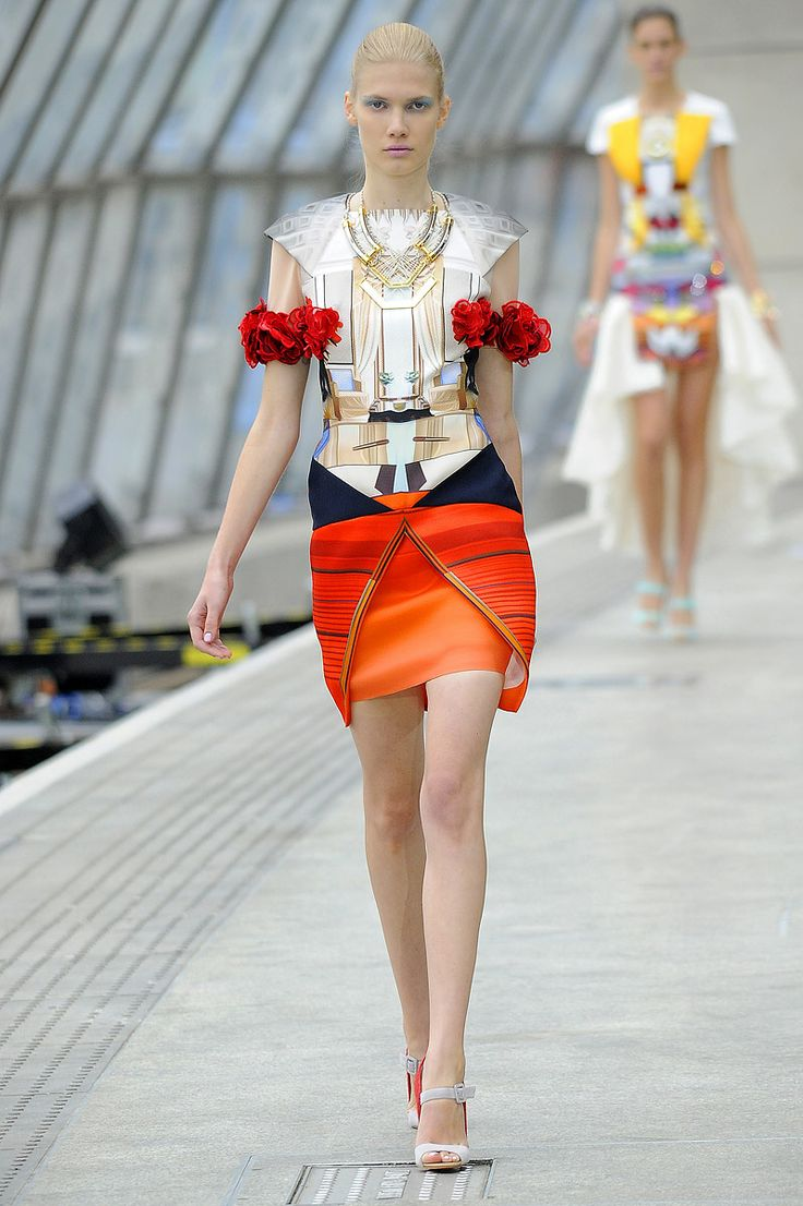 Mary Katrantzou Spring 2011 RTW - Review - Collections - Vogue