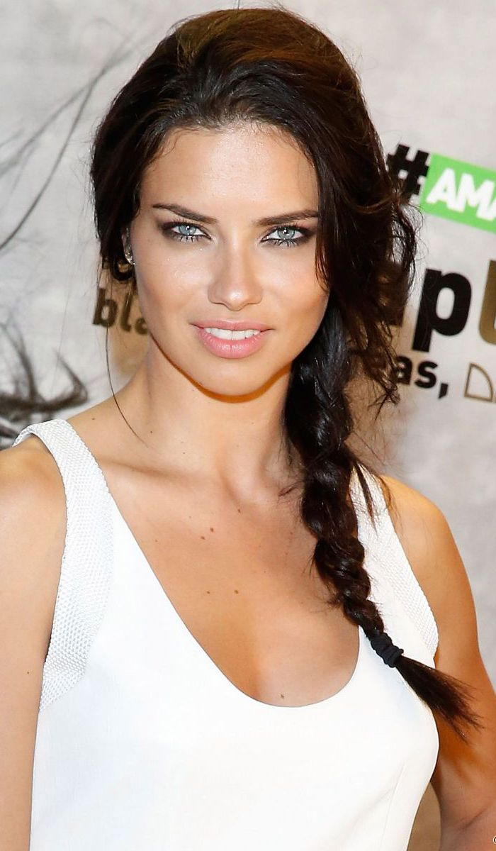 Top 17 Adriana Lima Hairstyles & Haircut Ideas For You To Try ...