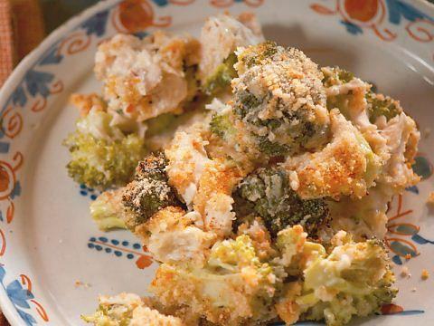 Chicken Divan Casserole : Nancy prepares her Chicken Divan Casserole with a creamy cheese sauce.