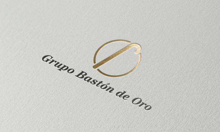 En la tarjeta corporativa de Bastón de Oro queríamos transmitir cercanía y confianza a través del logo.