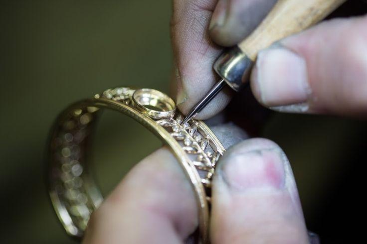 Stone setter rub over setting the diamonds in the bangle.  #bangle #stonesetting #timothyroe