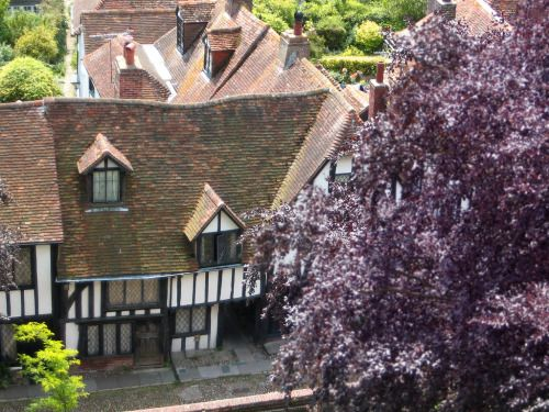 It has been far too long since I posted the most magical street in the most magical town in England. This is Church Square in Rye, East Sussex; and that little doorway on the Tudor building is Hucksteps Row, one of the many secretive little...