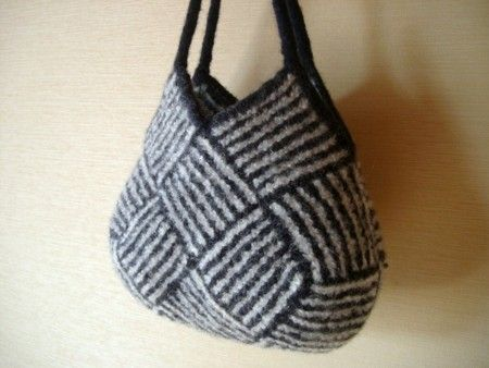 How to is in japanese, but clear photos. Garter stitch modules