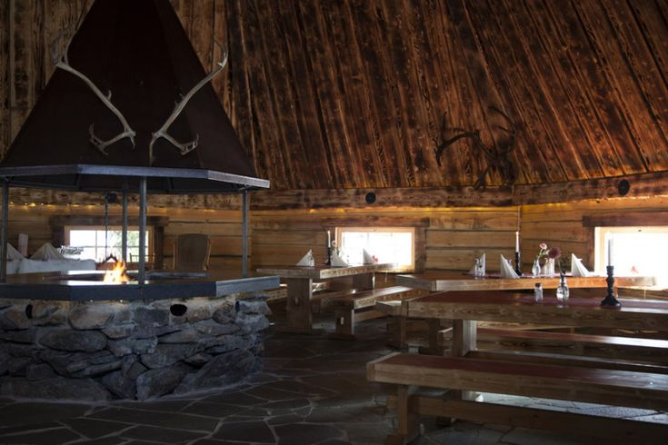 Enjoy a meal in a cozy atmosphere in Lapland Restaurant Kotahovi in Rovaniemi in Finland