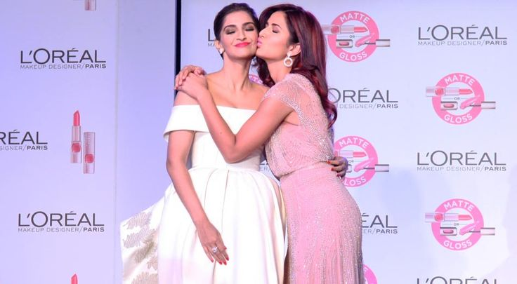 Katrina Kaif Kisses Sonam Kapoor