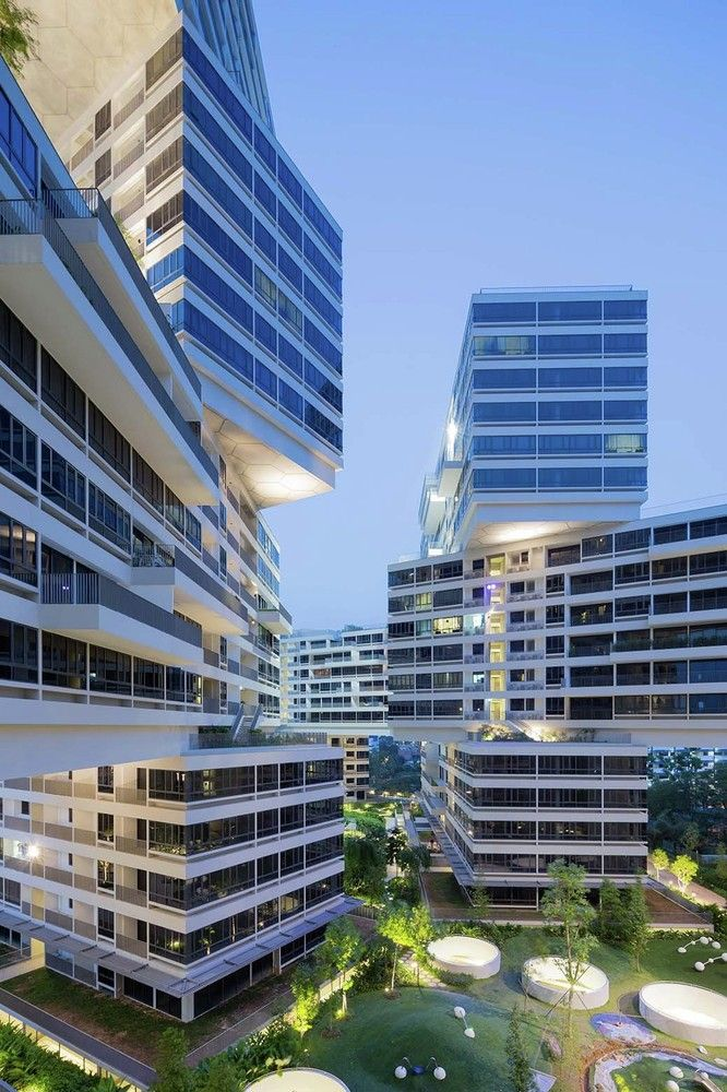 Gallery - OMA and Ole Scheeren's Interlace Named World Building of the Year 2015 - 2