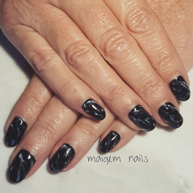 Black and white marble =) @maigemnails