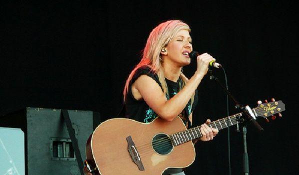 """Ellie Goulding brengt nieuwe single """"On My Mind"""" uit."""