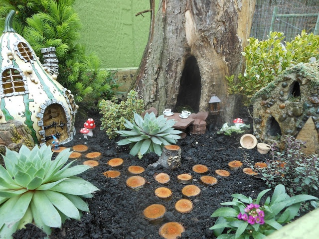 Gnome Garden: 14 Best Images About Fairy Gardens On Pinterest