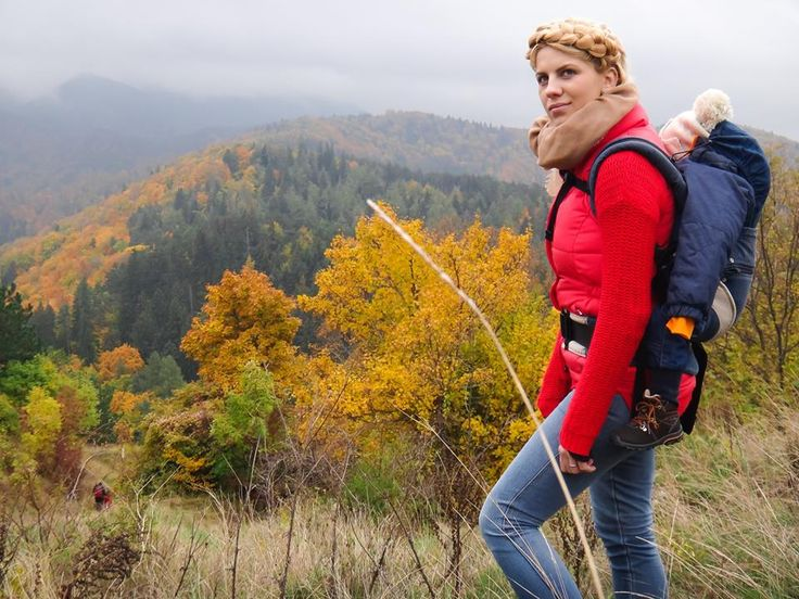 October. Tampa mountain. Brasov. Autumn. Colorfull. Babywearing. Photo credit : Ilie Sorin