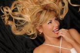 Locutora y presentadora argentina exitosa en EEUU. Roxana García es la rubia caliente que alegra las tardes de Miami