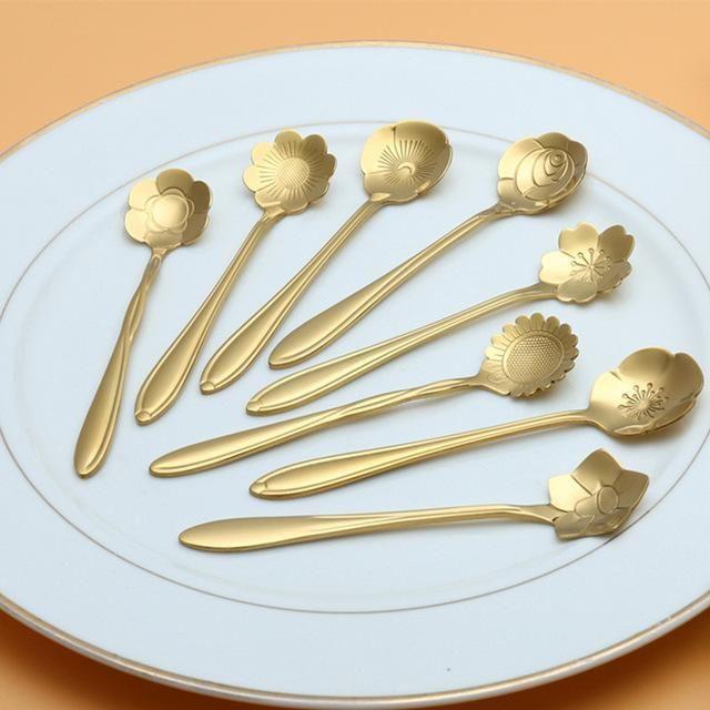 8Pcs Xmas Rainbow Unicorn Flower Spoon Cutlery Ice Cream Dessert Teaspoon Coffee