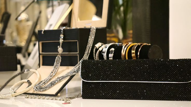 Spoil your loved ones with gifts at Isabelina #isabelinaloves #festiveseason www.isabelina.co.za
