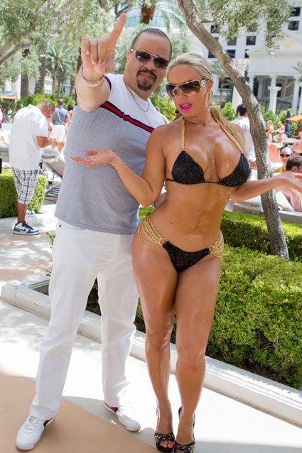 Hot Coco Ice-T and Coco were spotted poolside at Venus ... Kim Kardashian Game Cheats