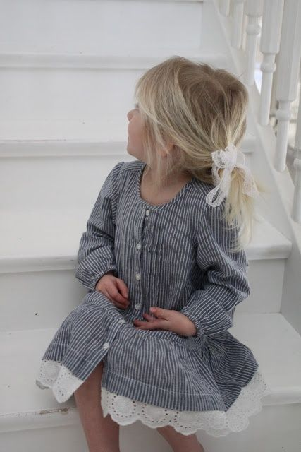 This is SOOO sweet! cute to add lace to the daddy shirt dress!