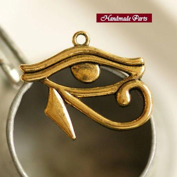 【サイズ】約 3cm x 2.2cm 【カラー】ゴールド |ハンドメイド、手作り、手仕事品の通販・販売・購入ならCreema。