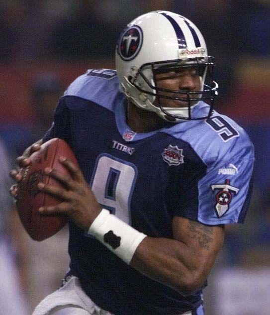 Steve McNair - Tennessee Titans - QB All-time favorite football player!!! RIP #9!!!