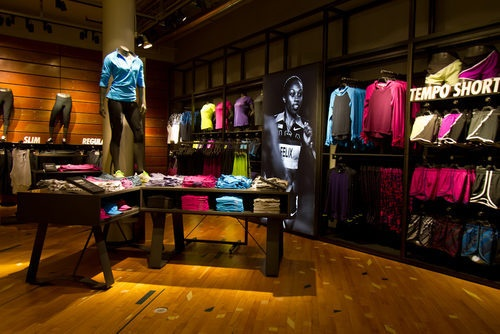 Inside Nike's Biggest Running Store, New in the Flatiron District