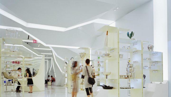Finisajele decorative si amenajarile interioare ale magazinelor si spatiilor comerciale sunt cu atat mai importante cu cat ele pot transmite ideea din spatele brand-ului dumneavoastra, pot crea un ...