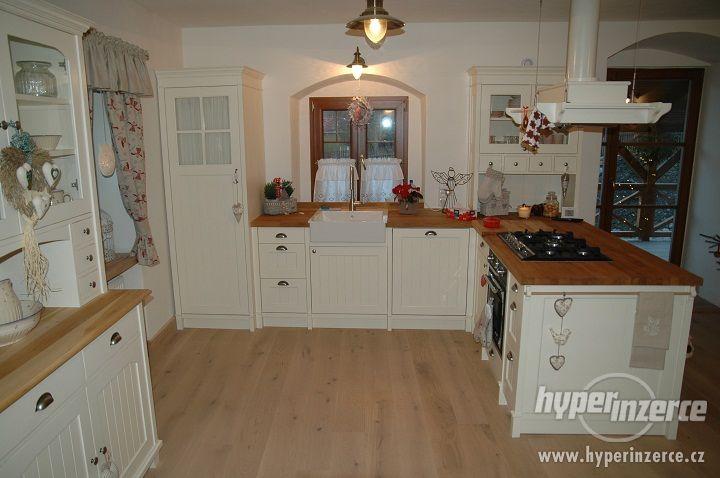 http://img2.hyperinzerce.cz/x-cz/inz/7383/7383442-kuchyne-ve-stylu-provence-1.jpg