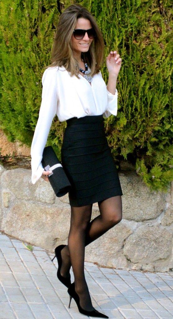 www.wholesalereplicadesignerbags com  2013 latest designer handbags. Love the dress and shoes! Handbag is ok.  and deal of the day